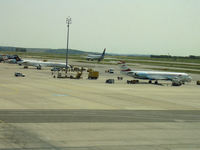 vieairport.JPG